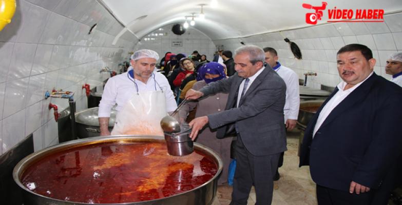 Başkan Demirkol'dan Aşevi Derneğine 1 Milyon Ekmek Yardımı