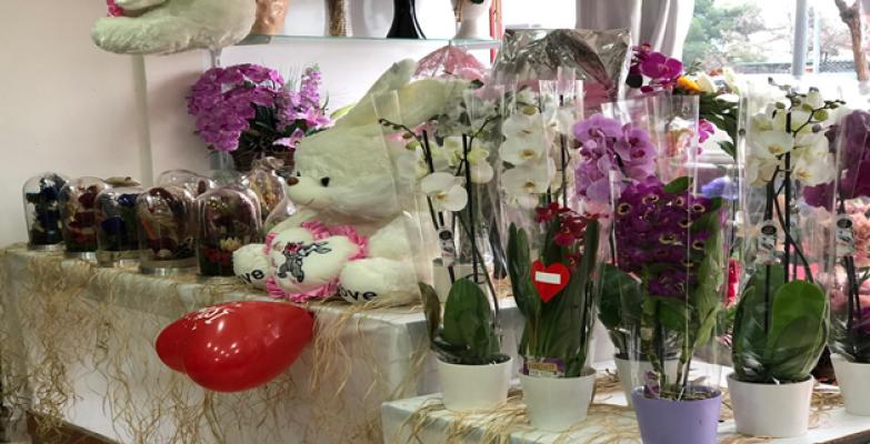 Şanlıurfa'da  Çiçekçiler Anneler Günü'ne Hazır