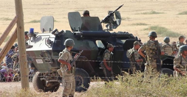 Suriye Sınırında 2 DEAŞ'lı Kadın Terörist Yakalandı