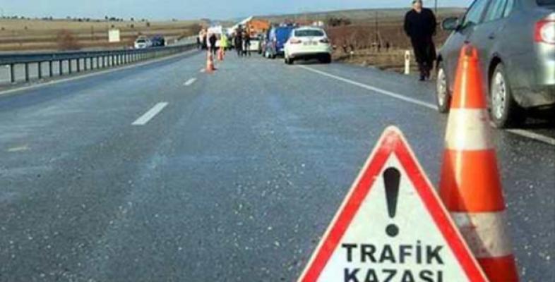 Viranşehir'de Otomobiller Çarpıştı: 6 Yaralı