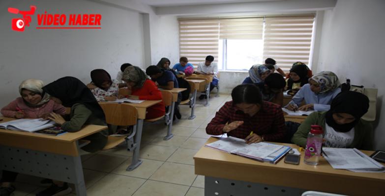 YKS Öğrencileri, Sınava Haliliye Belediyesi İle Hazırlanıyor