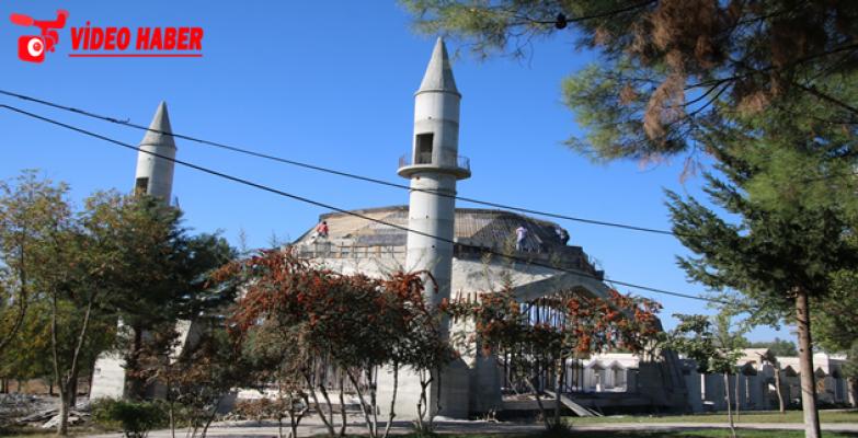 Eyyüp Nebi'de Cami Ve Külliye İnşaatı Sürüyor