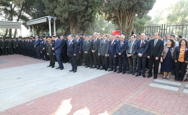 Şanlıurfa'da 10 Kasım törenleri Şehitlikte başladı