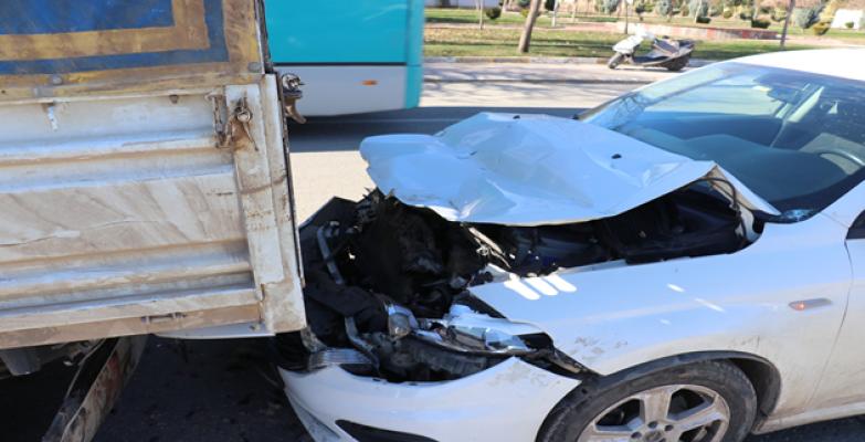 Akçakale Yolu Üzerinde Kaza! 1 Yaralı