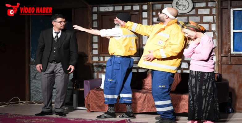 Büyükşehir Tiyatro Ekibinden Hükümlüler Özel Gösterim