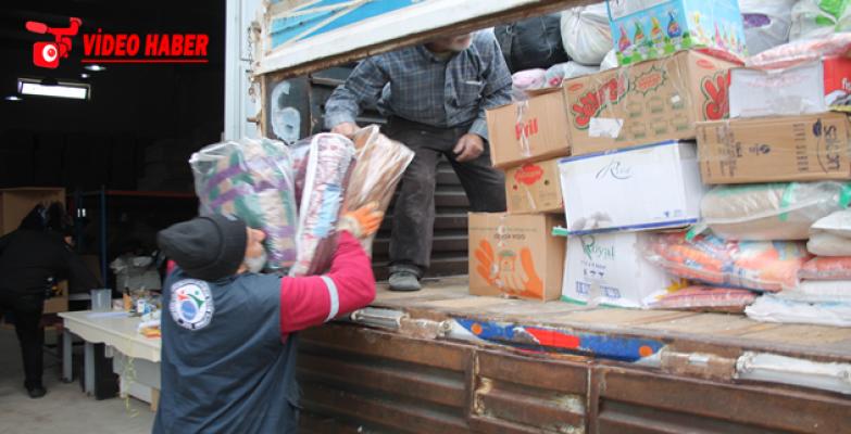 Suriye'ye 5 TIR İnsani Yardım malzemesi gönderildi