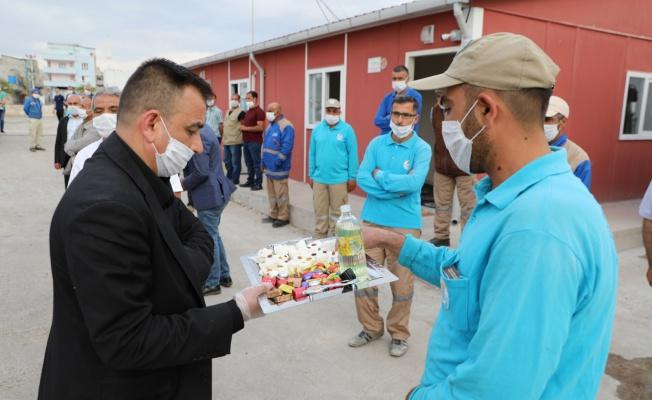 Başkan Canpolat Bayramlarını Kutladı: Pırıl Pırıl Haliliye İçin Çalışıyoruz