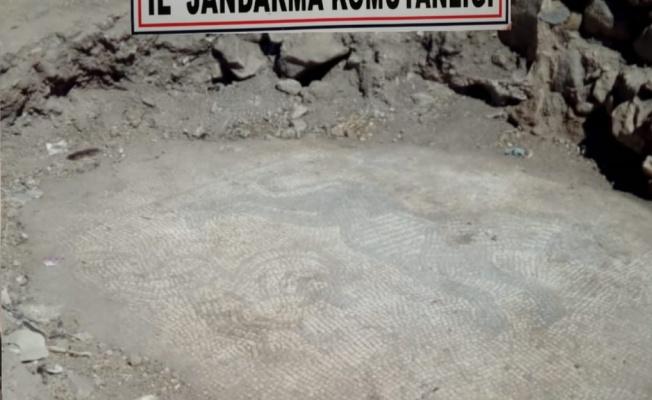 Urfa'da mozaik kaçakçılarına operasyon!