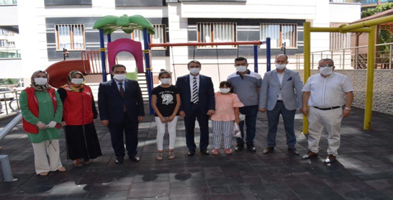 Vali Vekili Esen, Şehit Ailelerini ve Görevdeki Polisleri Ziyaret Etti