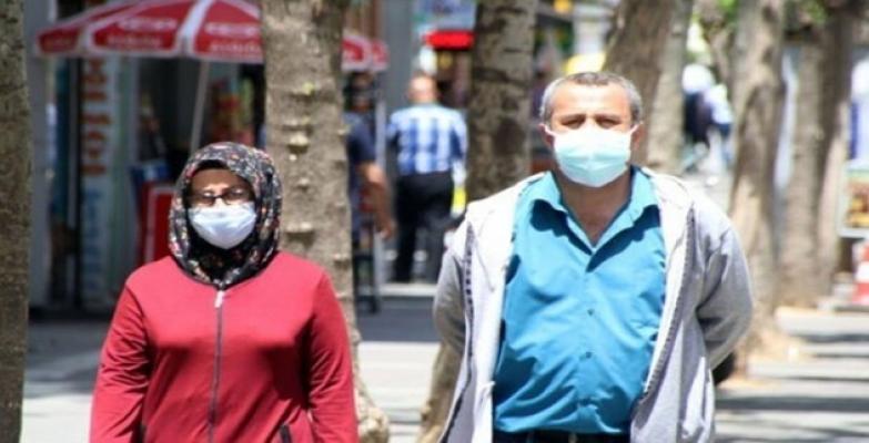 Tüm Türkiye'de meskenler hariç her alanlarda maske takmak zorunlu oldu