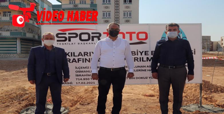 Eyyübiye Belediyesi Halı Sahaların Yapımına Başladı