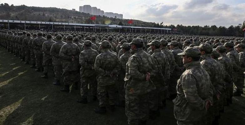 Tecil yaş sınırı 22'ye indi: Yarım milyon genç asker kaçağı durumuna düştü