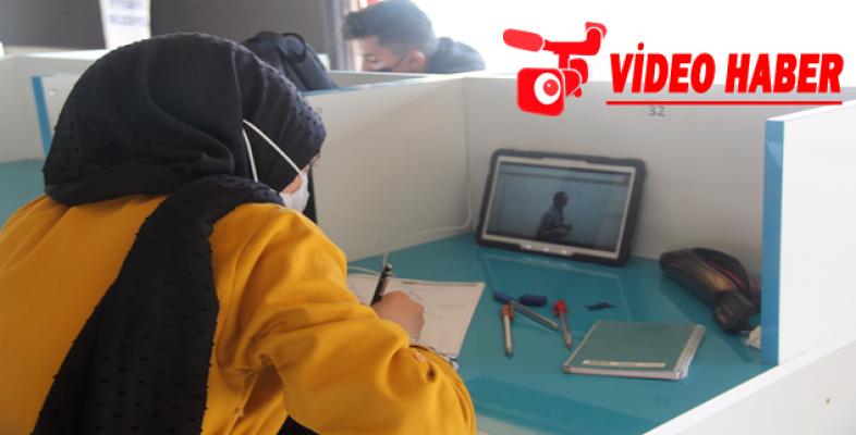 Gençler Eyyübiye Belediyesi İle Geleceğe Hazırlanıyor