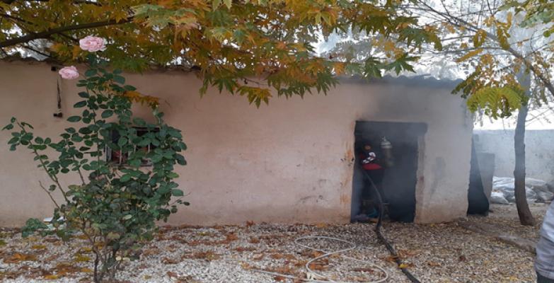 Urfa'da Odunluk Yandı
