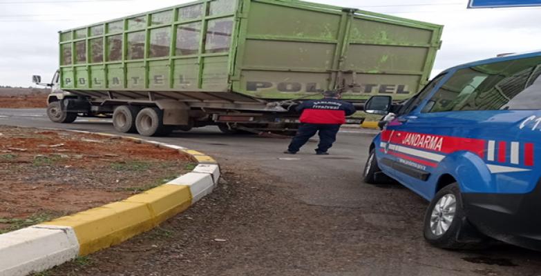 Urfa'da trafik kazası, 1 ölü, 3 yaralı