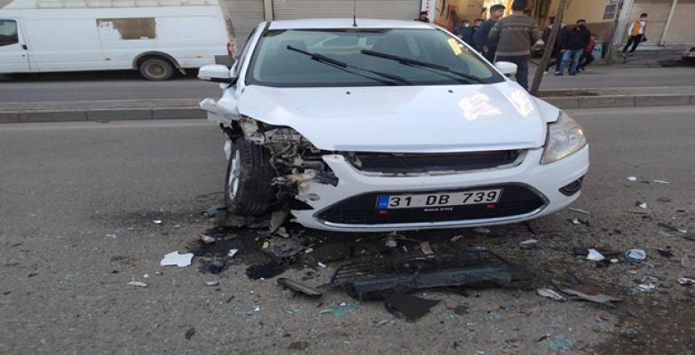 Urfa'da trafik kazası, 2 yaralı