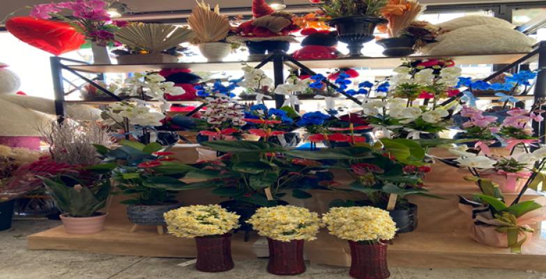 Çiçekçilerde 14 Şubat Hazırlığı