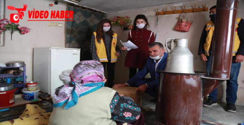 Eyyübiye belediyesi, fakir fukaraya ulaşmaya devam ediyor