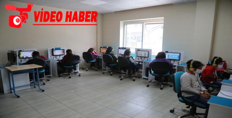 Eyyübiye belediyesi gençlik merkezleri, öğrencileri ağırlamaya devam ediyor