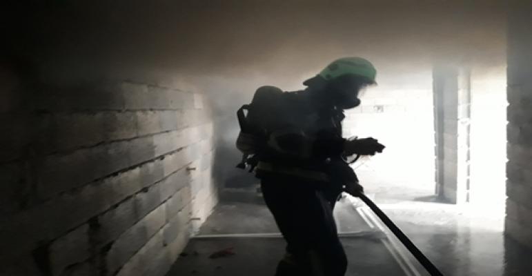 Urfa'da ev yangını korkuttu