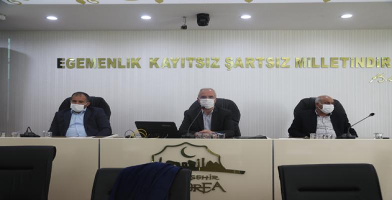 Büyükşehir meclisi çalışmalarını sürdürüyor