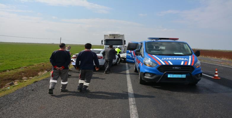 Şanlıurfa'da trafik kazası, 1 ölü, 1 yaralı