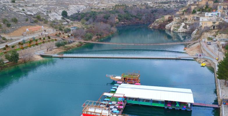 Büyükşehir'den 10 Adet yüzer duba restoran yer kiralama ihalesi