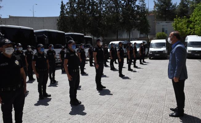 Vali Erin, Görev Başındaki Polis ve Jandarma İle Bayramlaştı