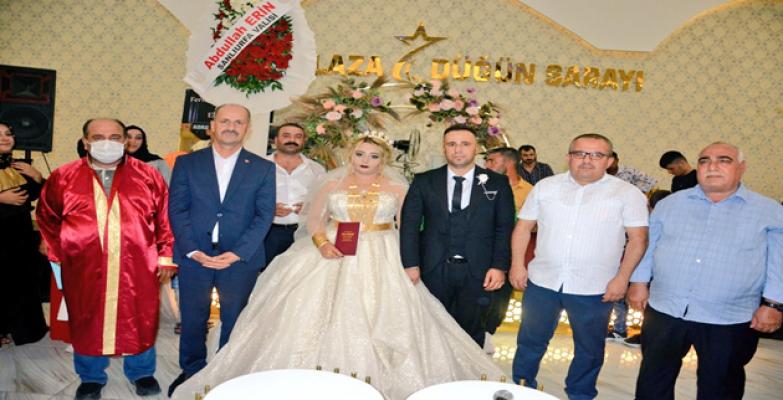 Başkan Yavuz Gazi Topçu'nun Nikah Şahidi Oldu.