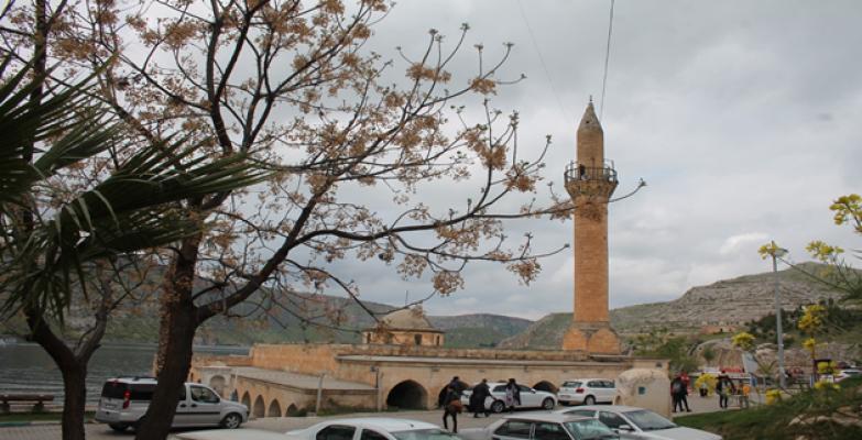 Hafta sonu binlerce yerli yabancı turist ağırlıyor