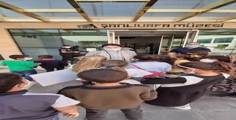 Şanlıurfa Kırsalında Yaşayan Çocuklar Geleceğe Hazırlanıyor