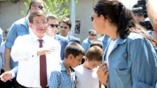 Başbakan Suriye Sınırda