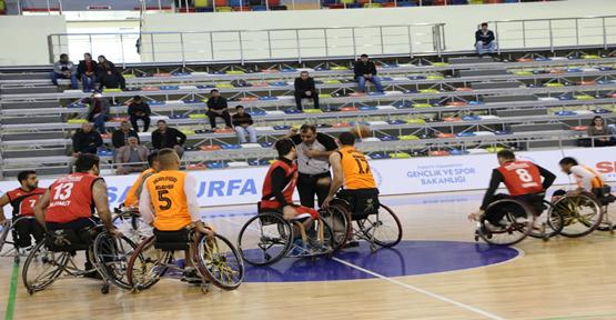 Büyükşehir Engelli Basketbol Takımı Galibiyet Serisine Devam Ediyor