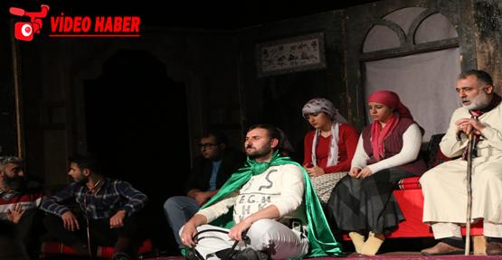 Büyükşehir Tiyatrosu İlçe Turnesine Başladı