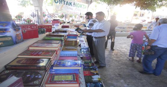 Dergah'ta Kitap Sergisi