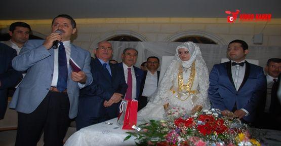 Faruk Çelik Urfa'da Düğün şahidi Oldu