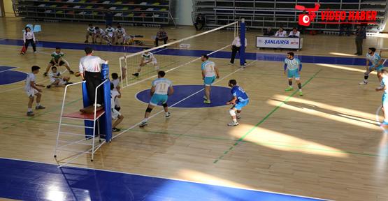 Haliliye Belediye Spor Voleybol Takımı'ndan 3'de 3'lük Galibiyet