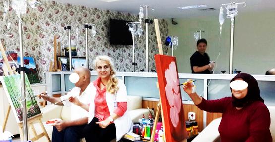 Hastalar resimle stres atıyor