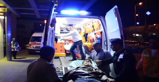 İki Minibüs çarpıştı; 7 kişi yaralandı