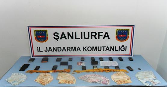 Jandarma'dan Dolandırıcı Operasyonu