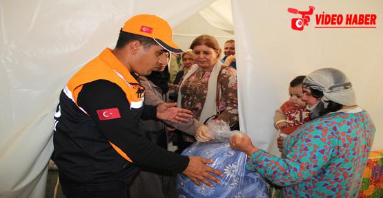Kadın kollarından Kobani'lere yardım