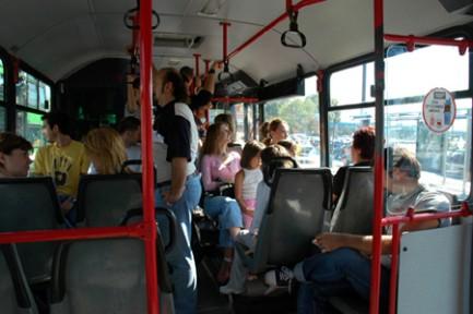 Kadınlara özel otobüs