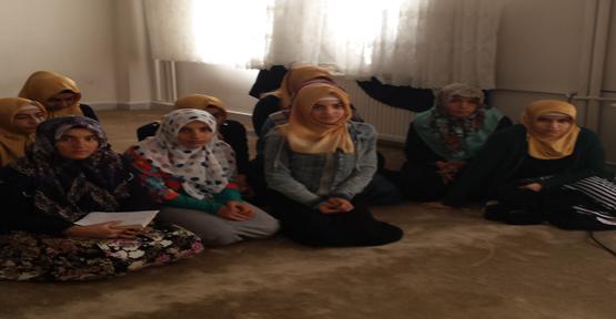 Kız öğrencilere aile eğitimi