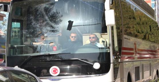 Lastiği Patlayan Başbakanlık Otobüs Takla Attı