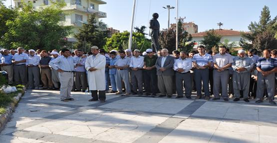 Mısır ve Suriye için Giyabi Cenaze Namazı