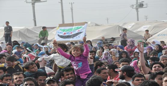 Mülteciler direnişin 2. Yıl dönümümü kutladılar