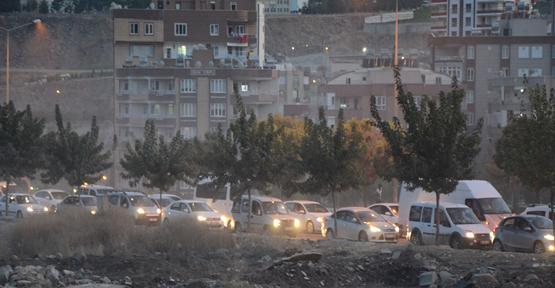 Okullar açıldı trafik çilesi başladı