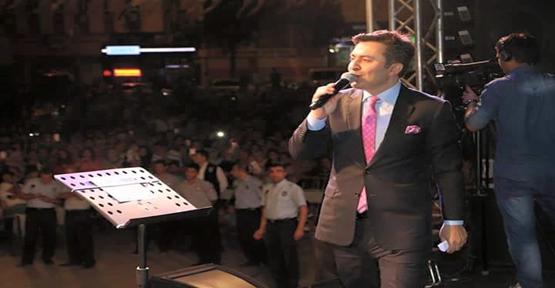Önal Urfa'da konser verdi