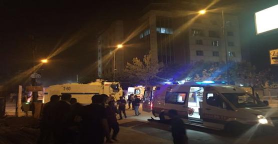 Polis merkezine bomba yüklü araçla saldırı!
