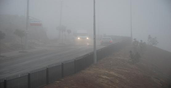 Şanlıurfa'da sisli hava etkili oldu